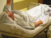 die Symptome sind bei älteren Menschen gefährlicher