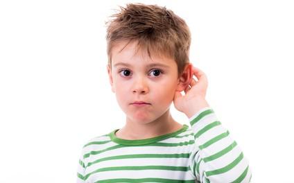 Wenn eine Hörstörung bei Kindern rechtzeitig erkannt wird, kann man sie meist heilen.